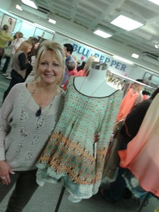 Lovely's Boutique Swansboro fashion trendy clothing
